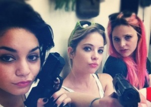 spring_breakers_selena_gomez_vanessa_hudgens_ashley_benson
